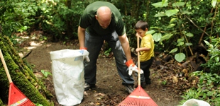 Volunteering at the Children' Eternal Rainforest